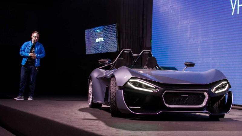 Как се произвежда електрически спортен автомобил в България?